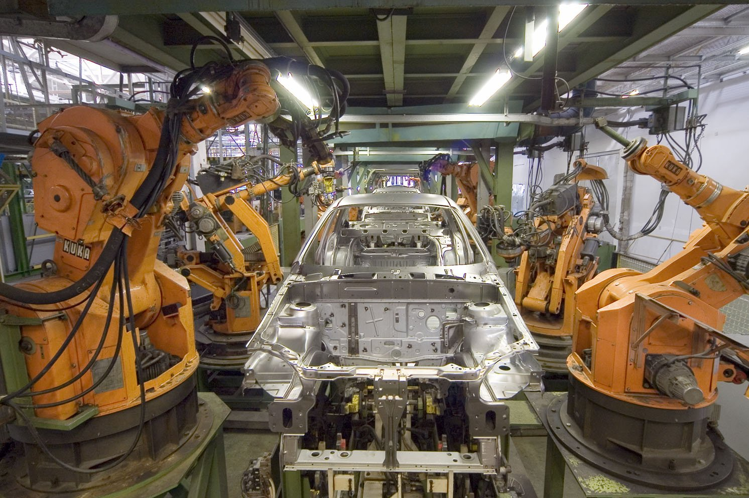 the use of robotsrobotics in industry essay