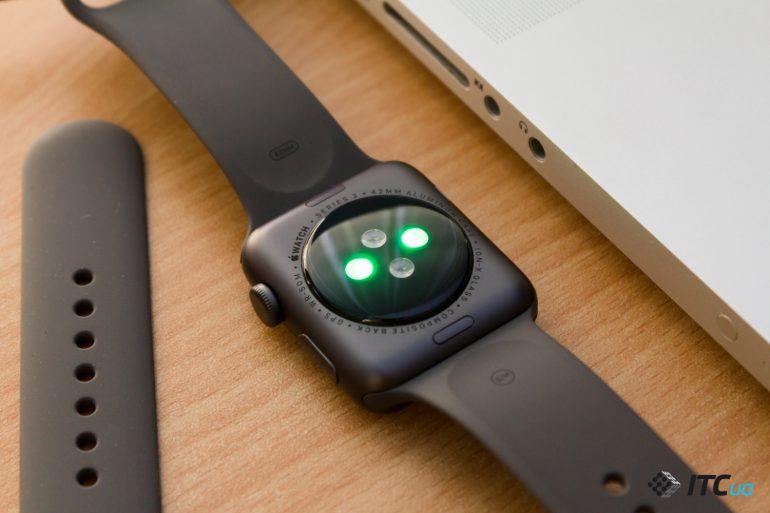 Умные часы Apple Watch смогут измерять уровень сахара в крови ...